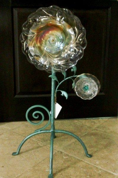 Art Glass Flower by Kathy and Joe Delendeck